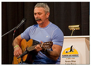 Aaron Tippin to attend AOPA Aviation Summit